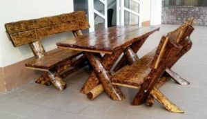 Rustikales Gartenmöbel Set aus massiven Eichenholz